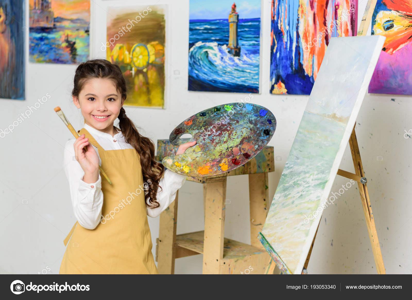 Çocuğunuz için bir sanat okulu seçmek
