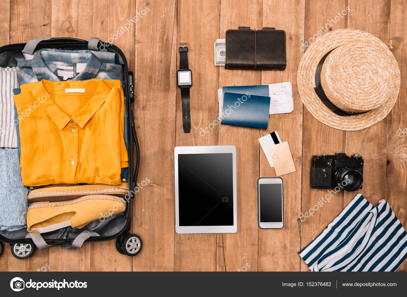 Sommer Urlaub Dinge ordentlich organisiert — Stockfoto © DimaBaranow ...