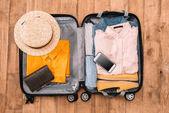 Letní cestování koncept