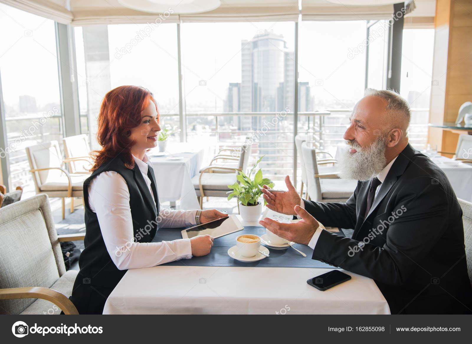 Rencontre au restaurant vivastreet site de rencontre rencontre musulman serieux rencontre