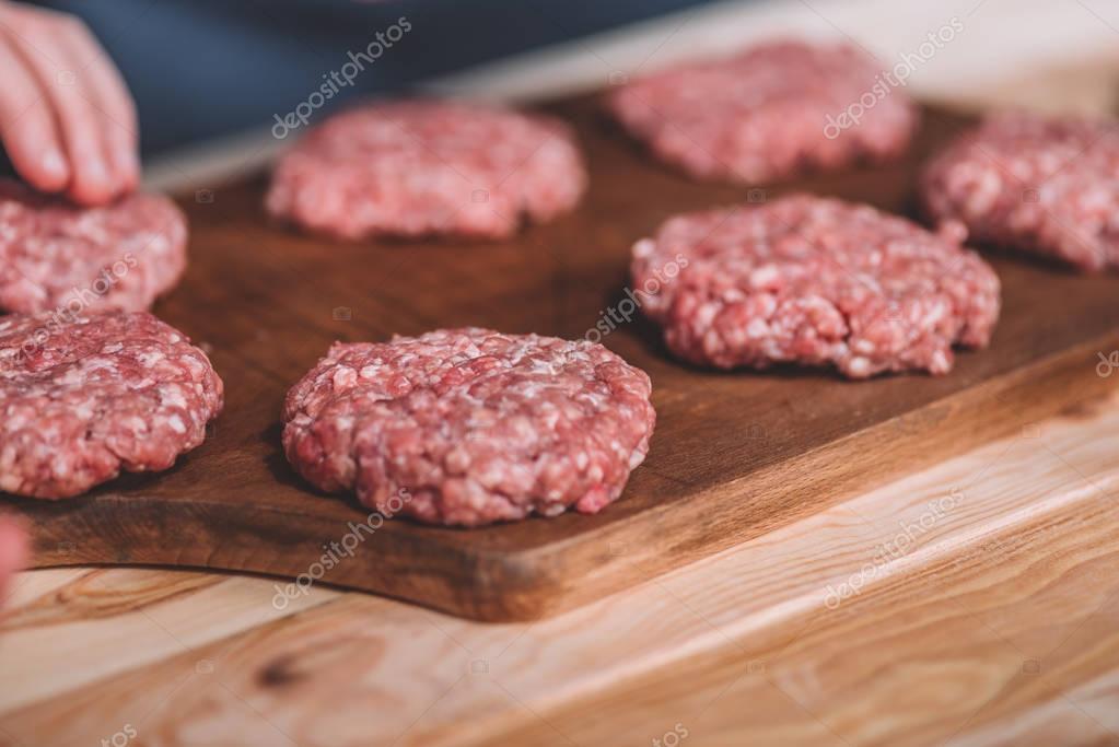 raw meat patties