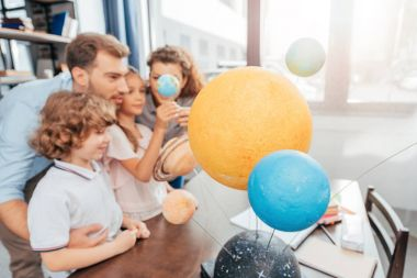 family making solar system model