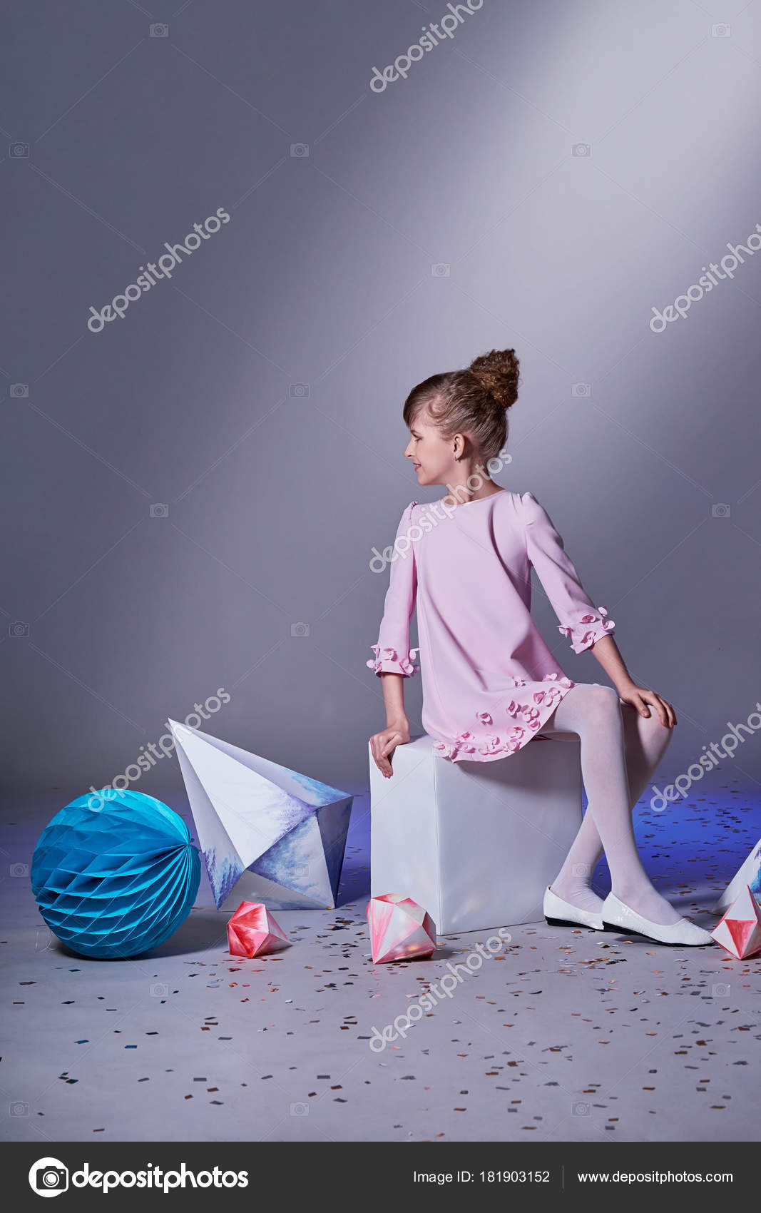 uk availability aac23 72ebd Collezione di design. Origami e minimalismo. Moda per ...