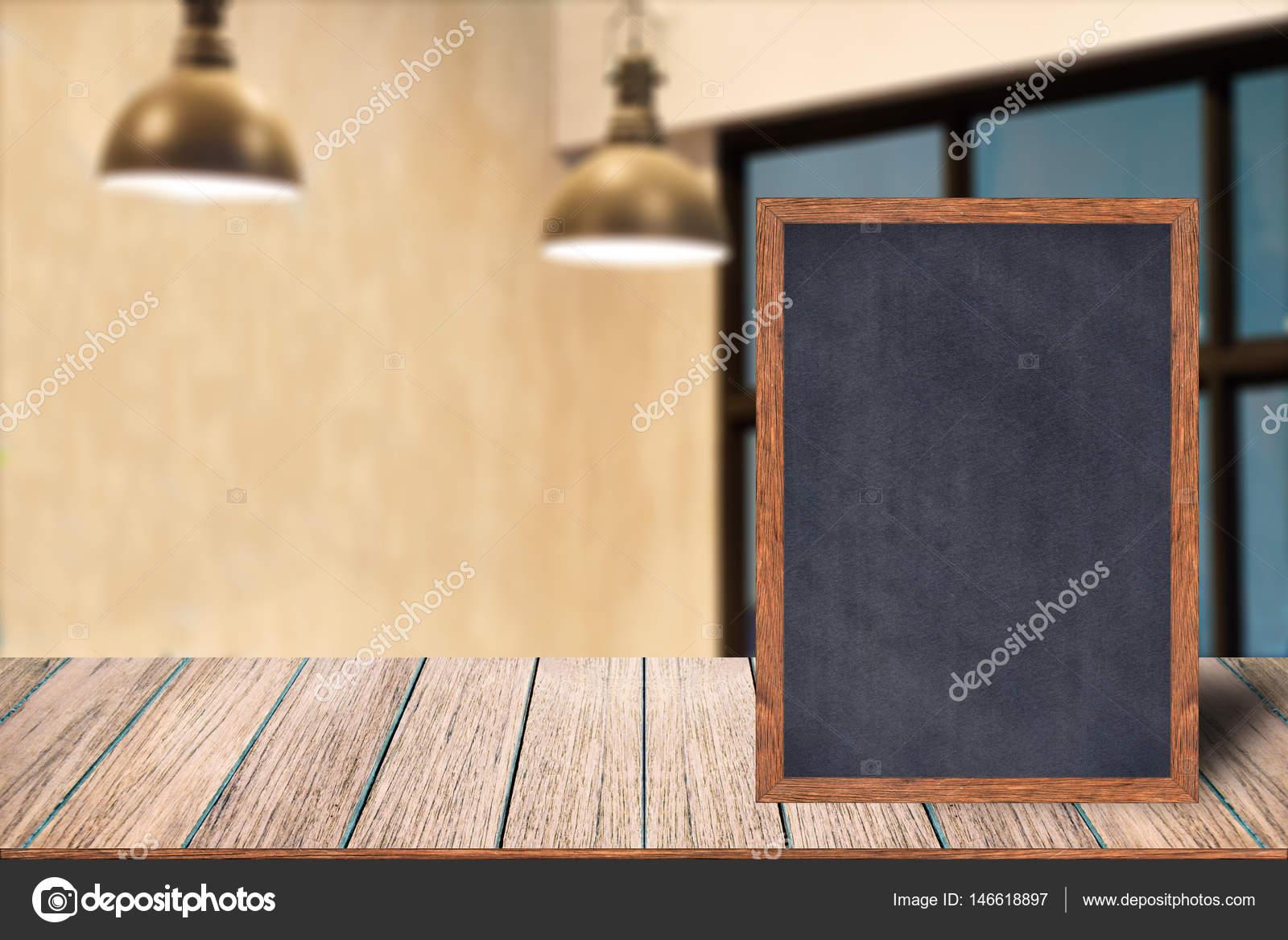 Menú de muestra de pizarra marco madera pizarra — Foto de stock ...