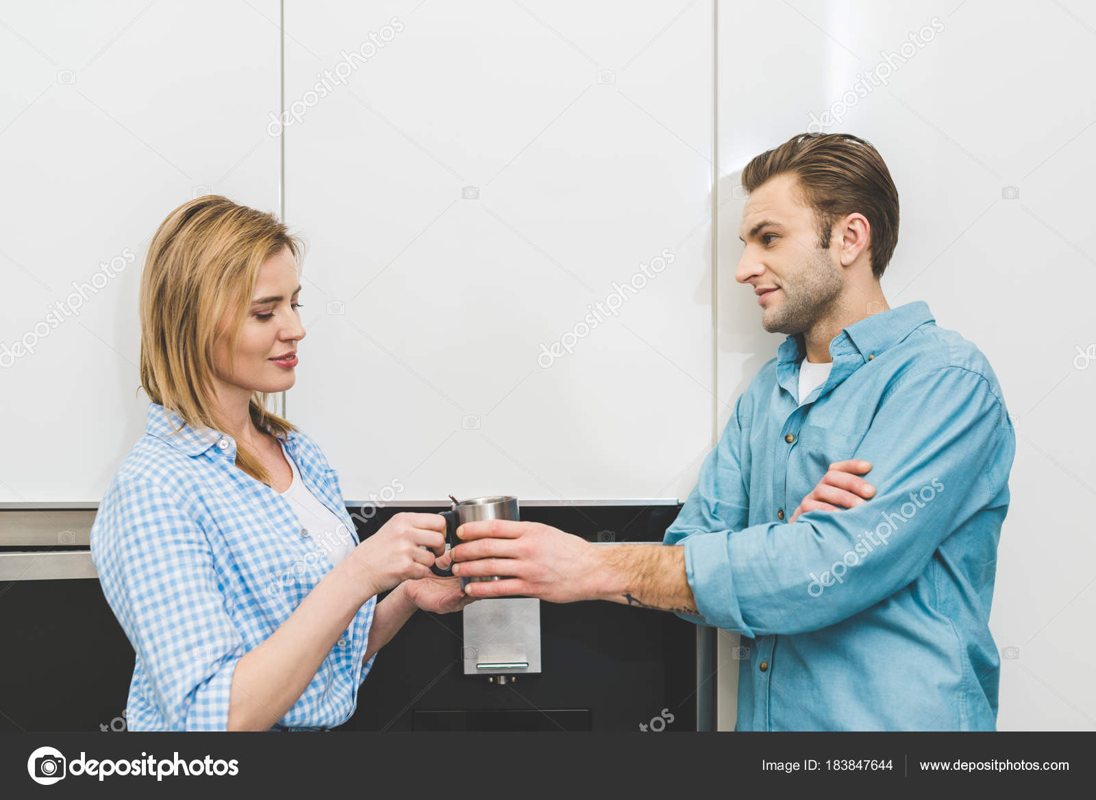 Side View Woman Giving Cup Husband Kitchen Home — Stock Photo © Y ...