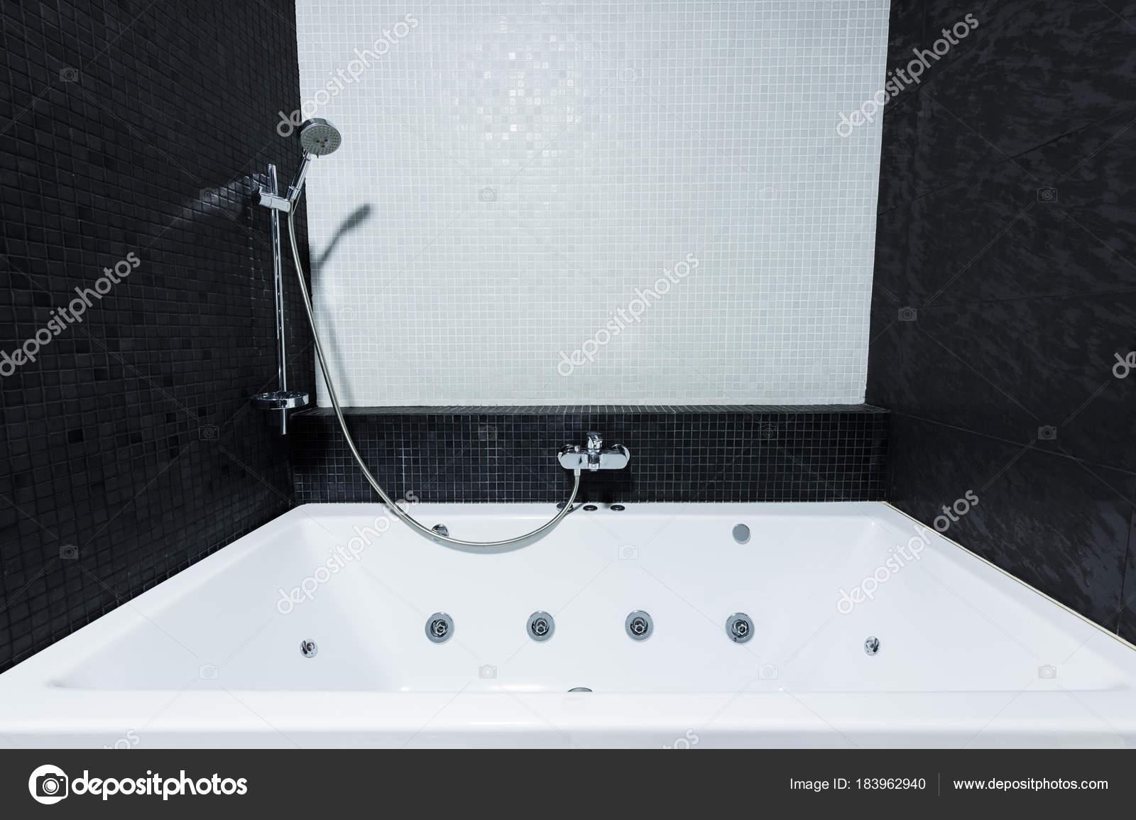 View Modern Bath Tube Bathroom White Black Colors — Stock Photo © Y ...