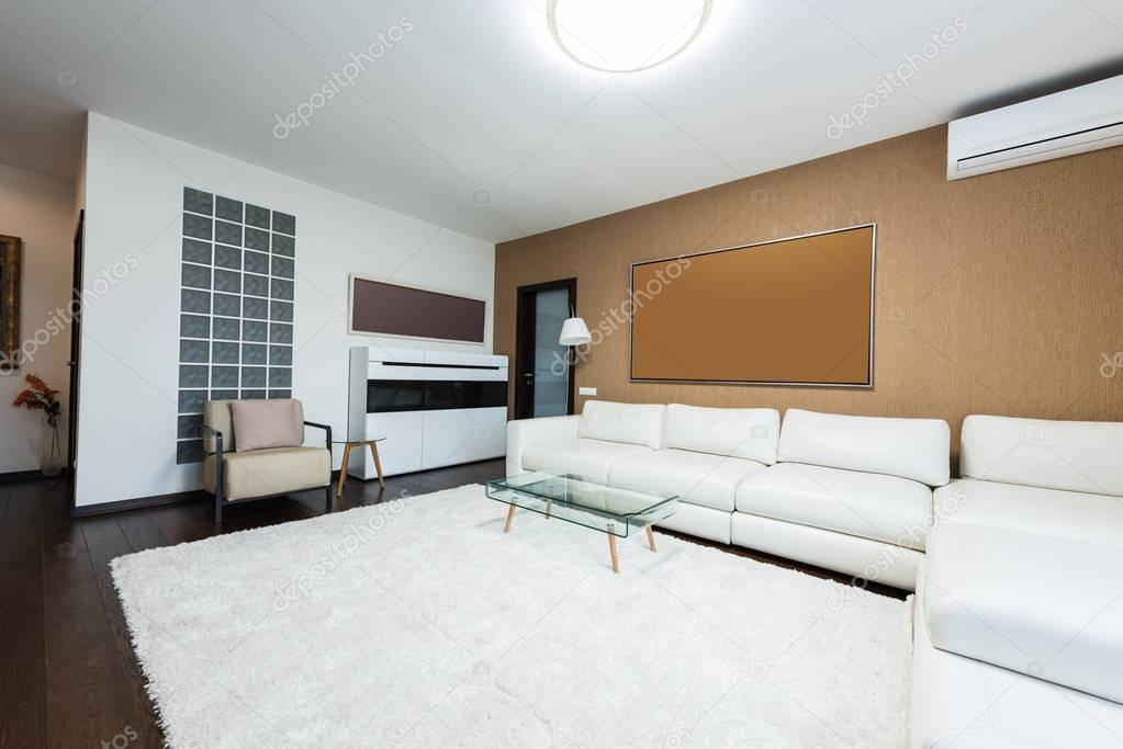 view of empty modern living room