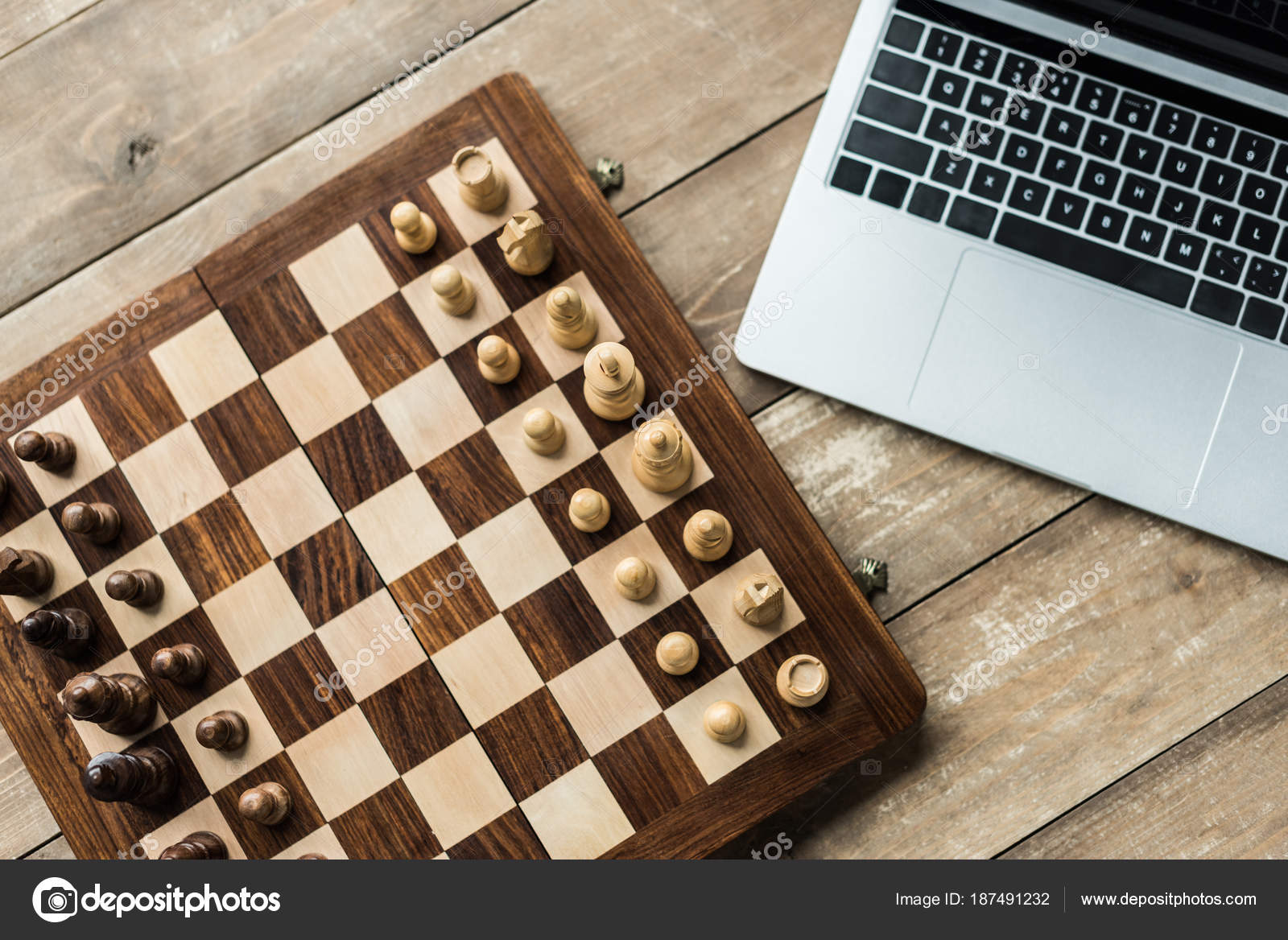 Laptop Chess Board Figures Rustic Wooden Surface U2014 Stock Photo
