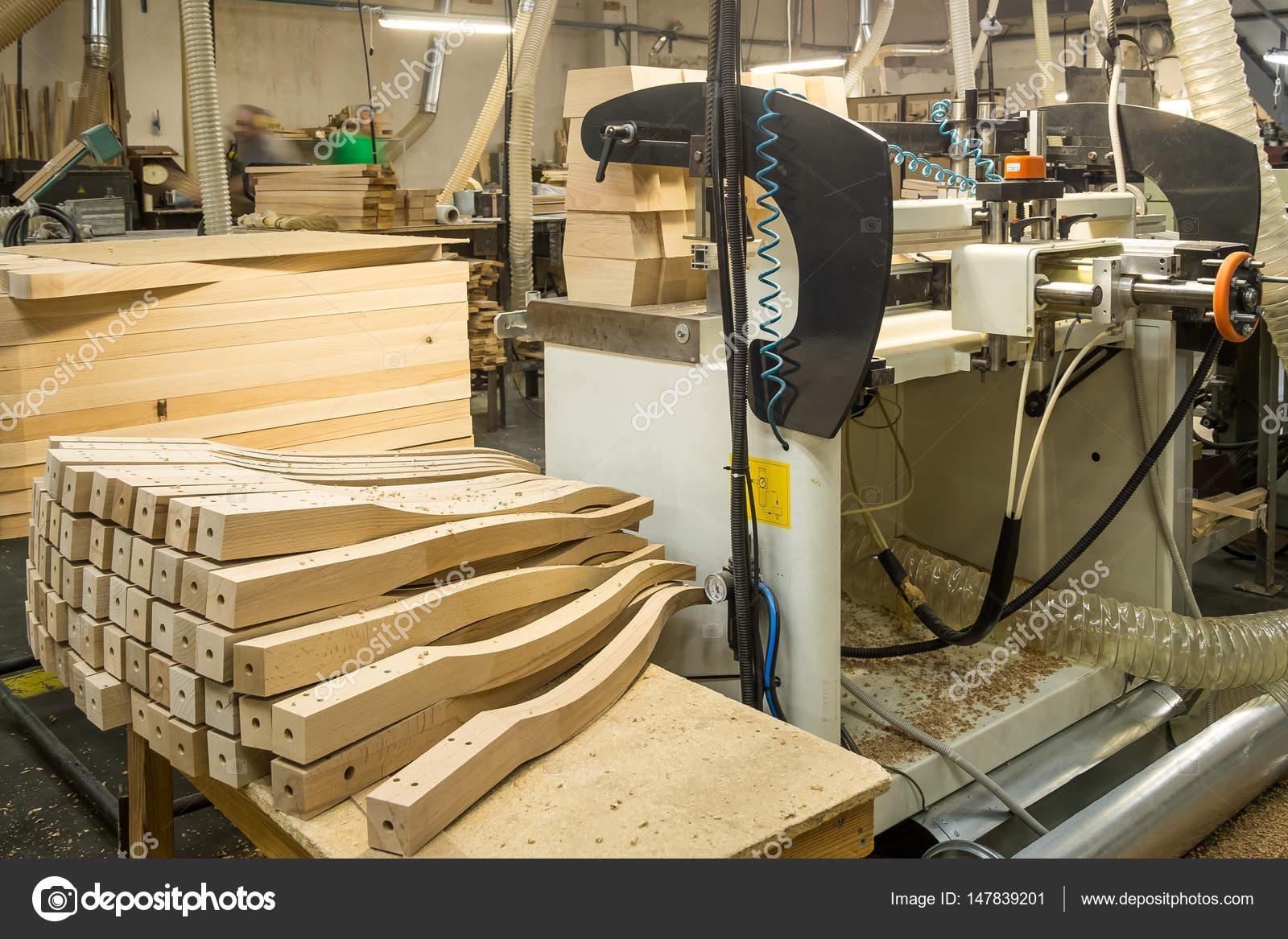Muebles madera fabrica taller para la producci n de - Fabricas de madera ...