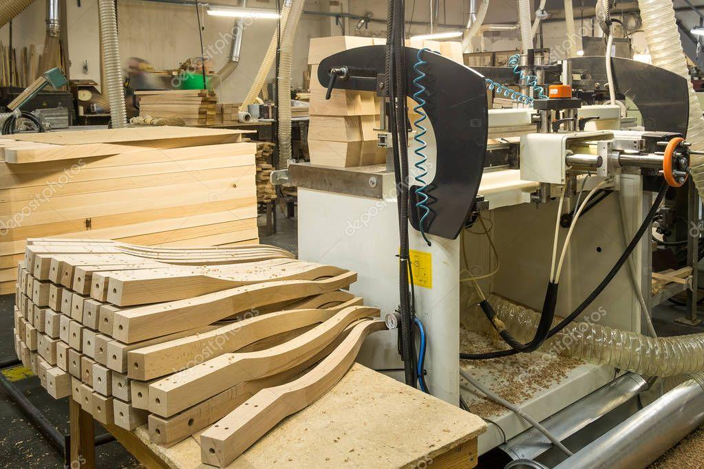 Muebles madera fabrica taller para la producci n de for Muebles la fabrica precios