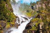 Estate Latefoss cascata Odda Norvegia