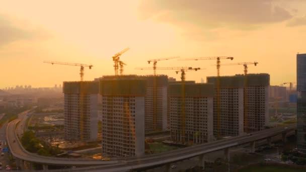 Vzduch staveniště při západu slunce