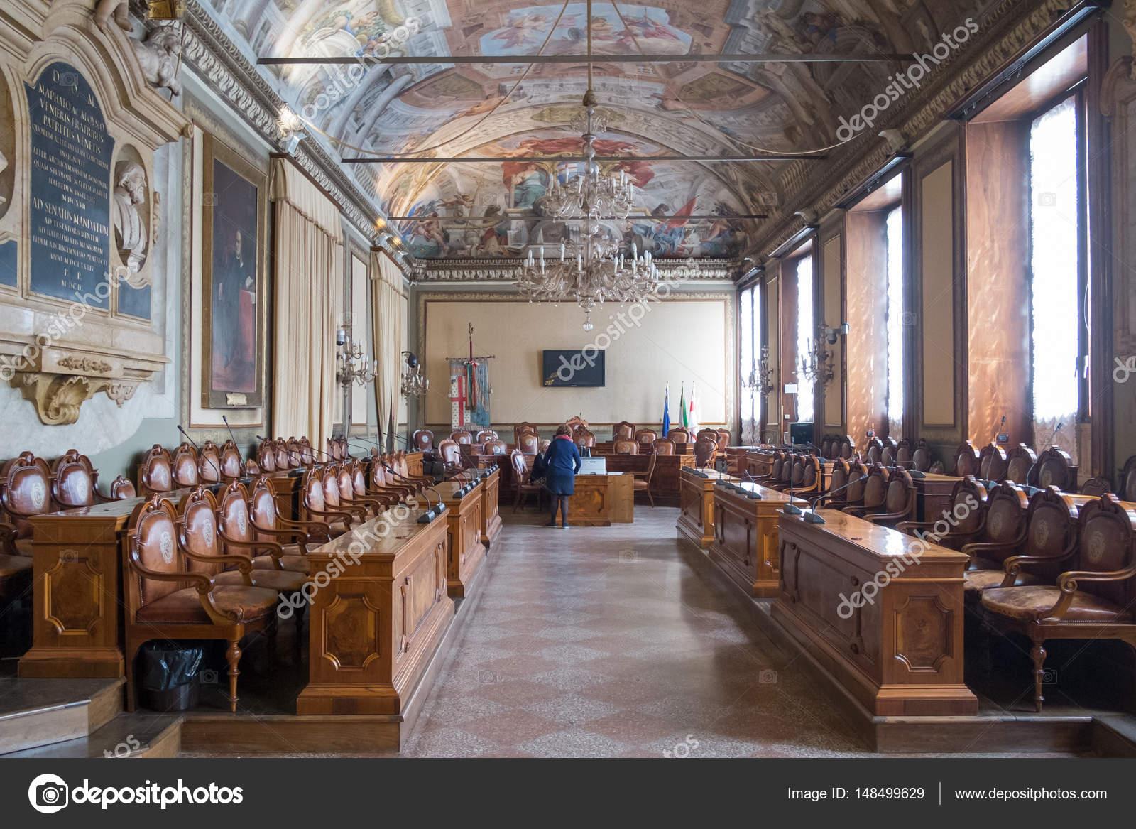 Vista Della Camera Di Consiglio Di Citt Di Bologna All
