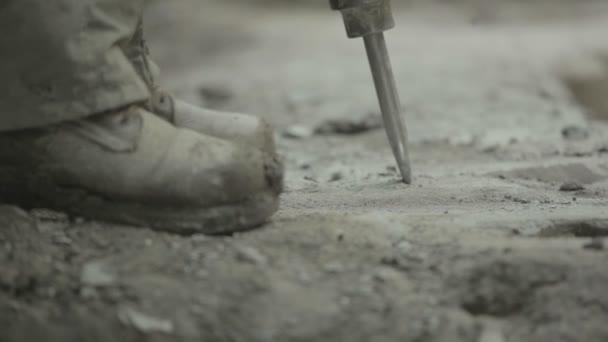 Pracovník s pneumatické kladivo