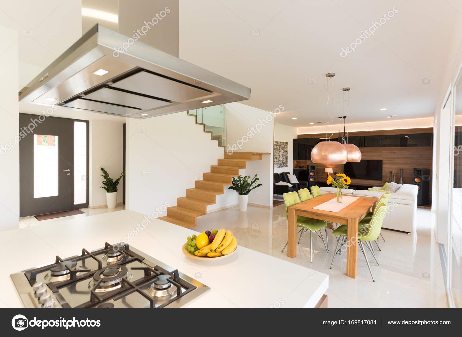 Eetkamer In Woonkamer : Eetkamer en woonkamer u stockfoto jrp studio