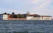 Fotografie Venice  San Servolo Island in the Venetian Lagoon. Benedictine m