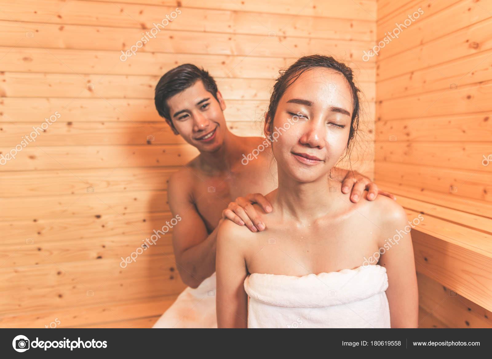 https://st3.depositphotos.com/12218988/18061/i/1600/depositphotos_180619558-stock-photo-young-asian-couples-or-lovers.jpg
