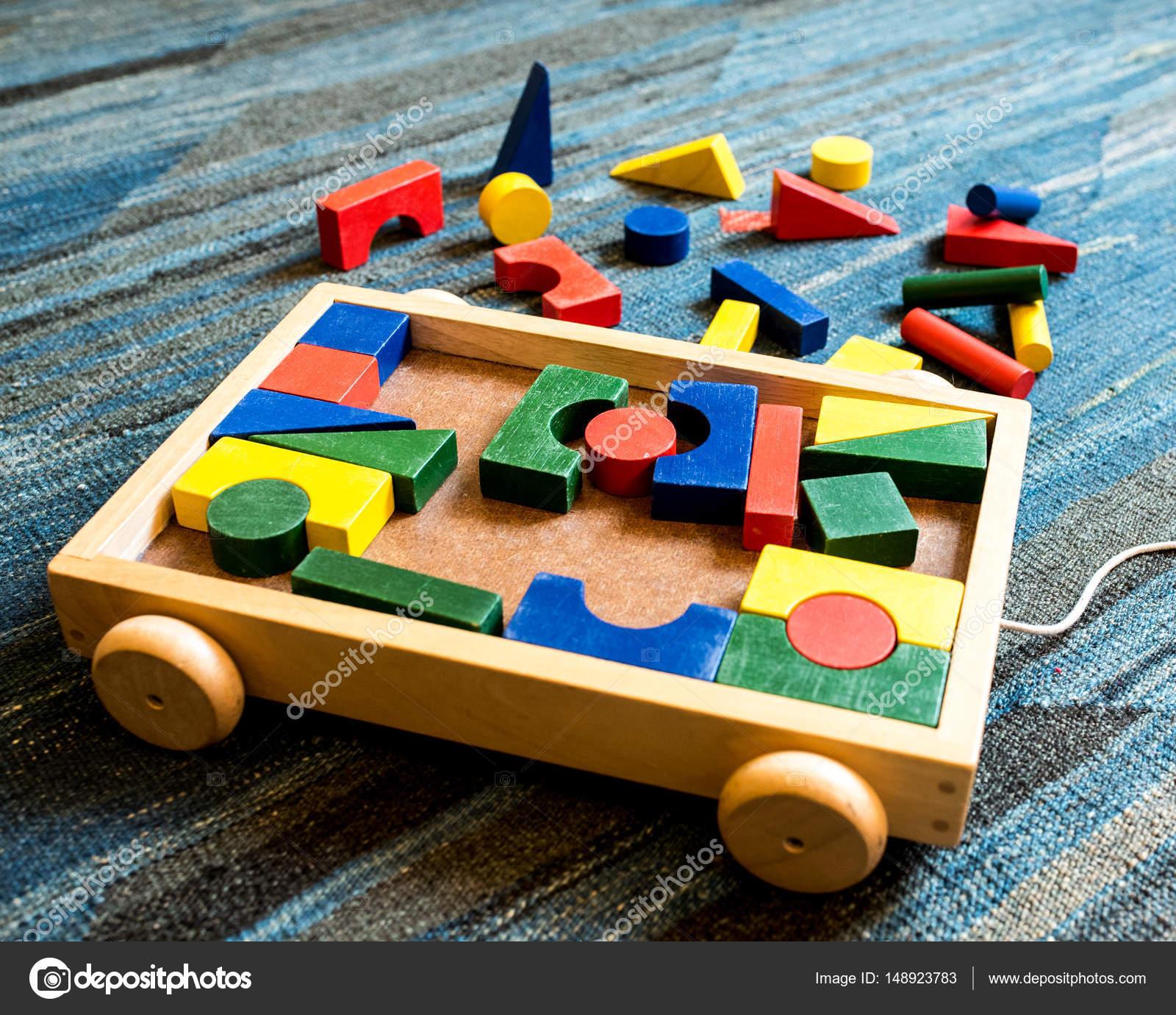 Fotos Juegos Para Ninos En Madera Geometricas Y La Construccion