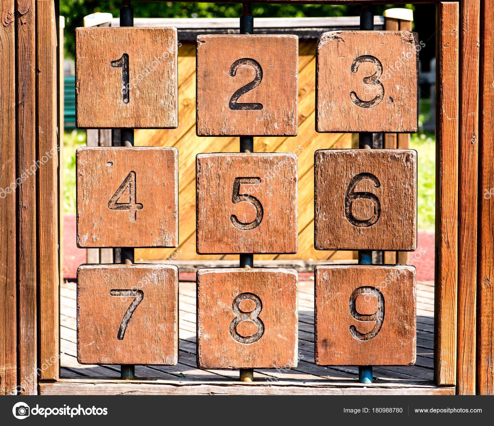 Gioco Di Tris Con Numeri Arabi Foto Stock Andreamigliarini