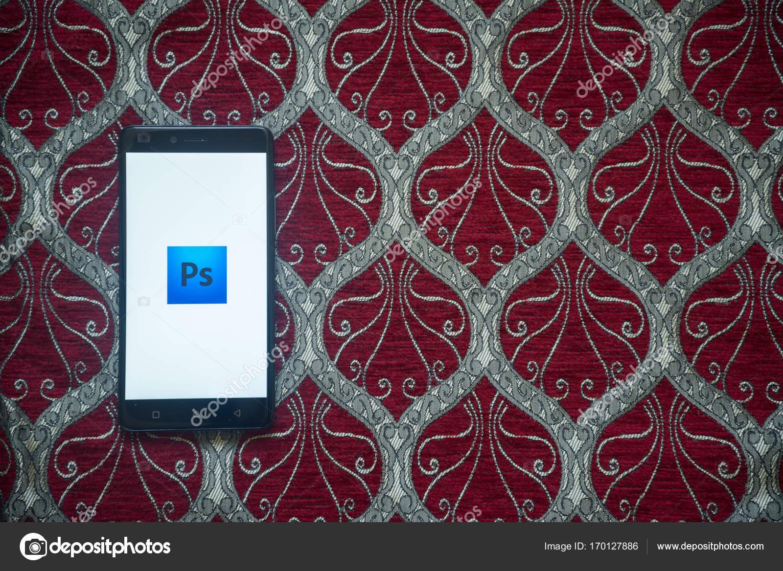 Adobe photoshop logo on smartphone screen – Stock Editorial