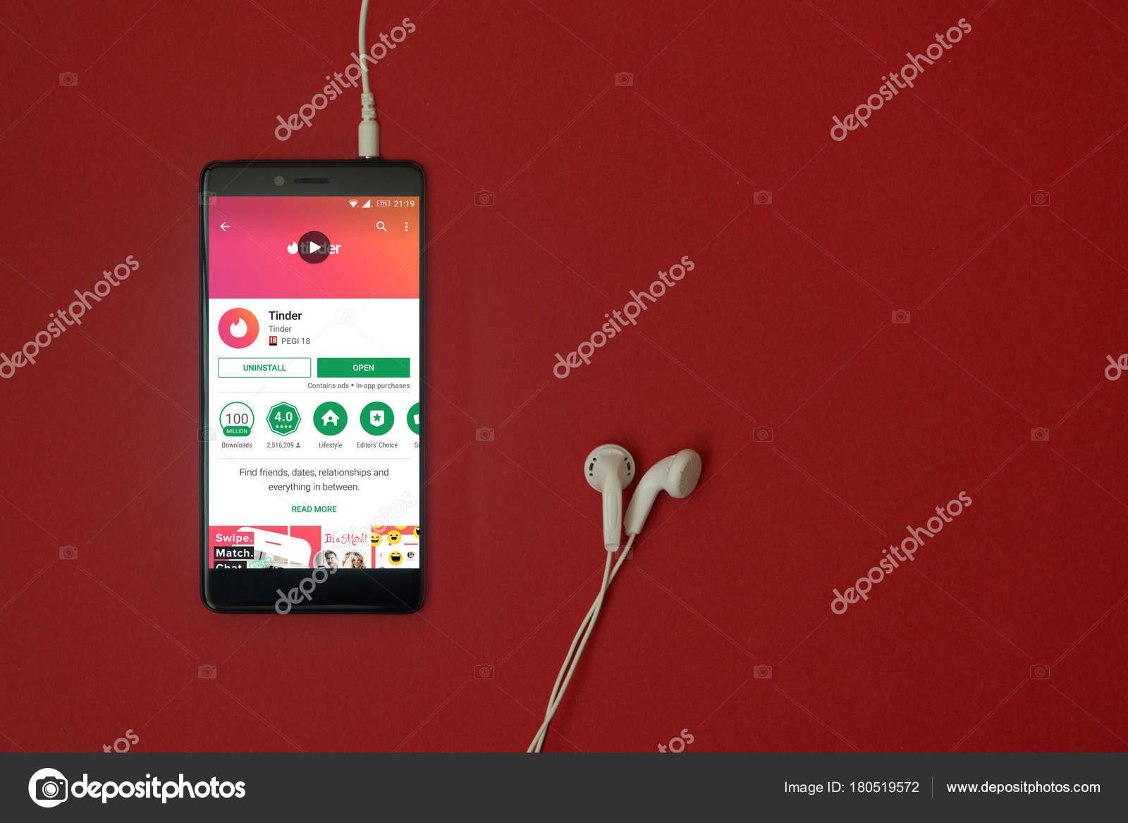 Los Angeles January 2018 Smartphone Tinder Application Google Play