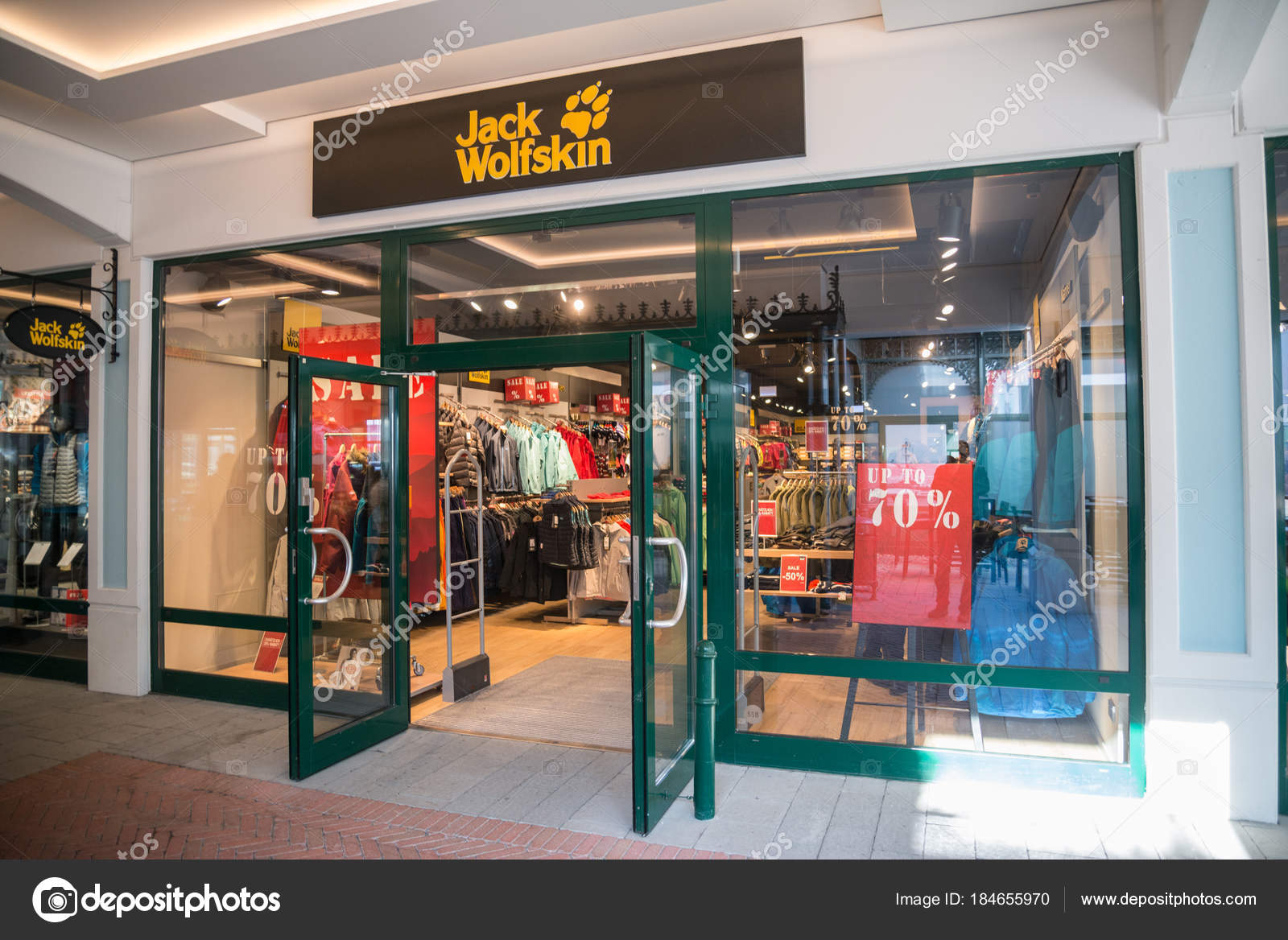 popular stores classic fit limited guantity Parndorf Austria February 2018 Jack Wolfskin Store Parndorf ...