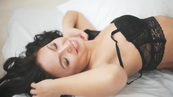 Нормальный секс и эксперименты в постели