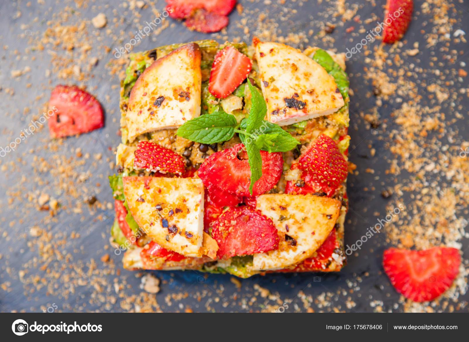 Gourmet Vegetal Pastel Hermoso Decorado Servido Una Placa