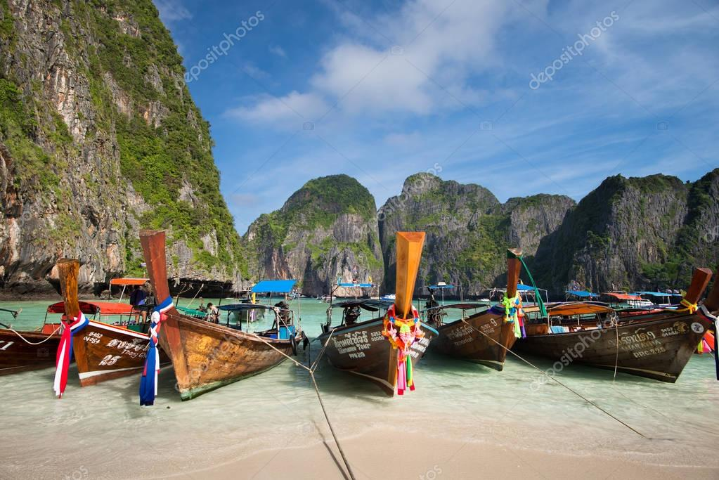 long-tailed boats for tourists