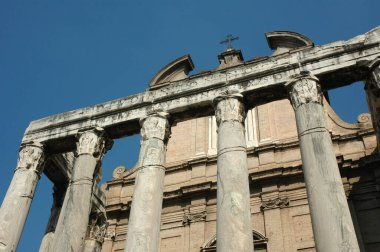 Temple of Antoninus and Faustina (Church of Santo Lorenzo in Miranda), Rome. Lazio, Ital
