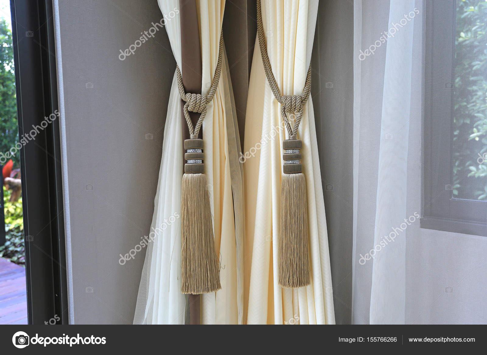 Nappa di tende per interni di lusso casa u foto stock civic dm
