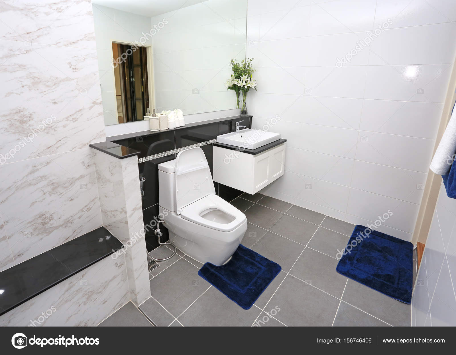 moderno bagno nuovo — Foto Stock © civic_dm@hotmail.com #156746406