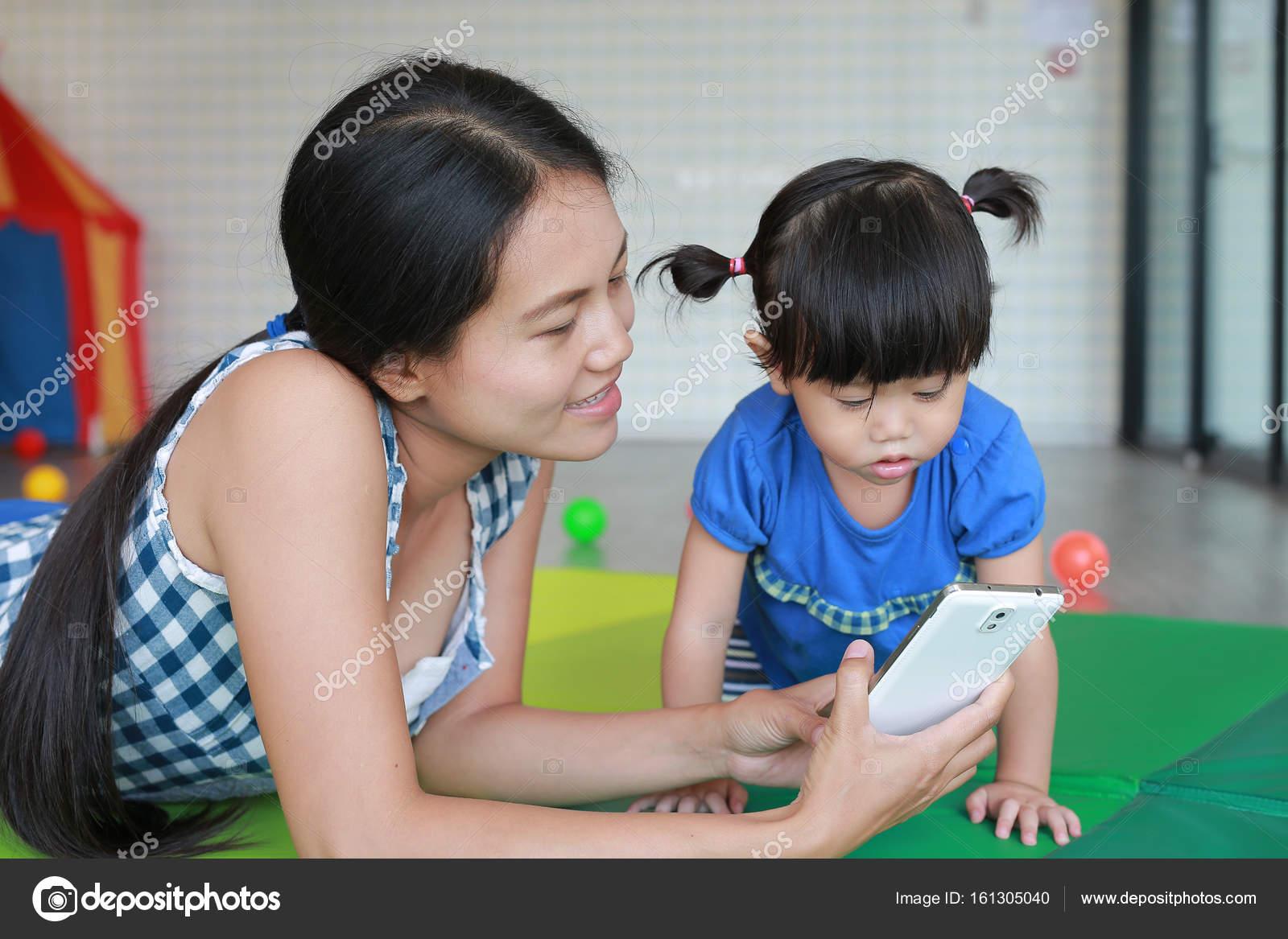 Японская мама учит сына, Японская мама учит - видео likes Hi-Hit 16 фотография