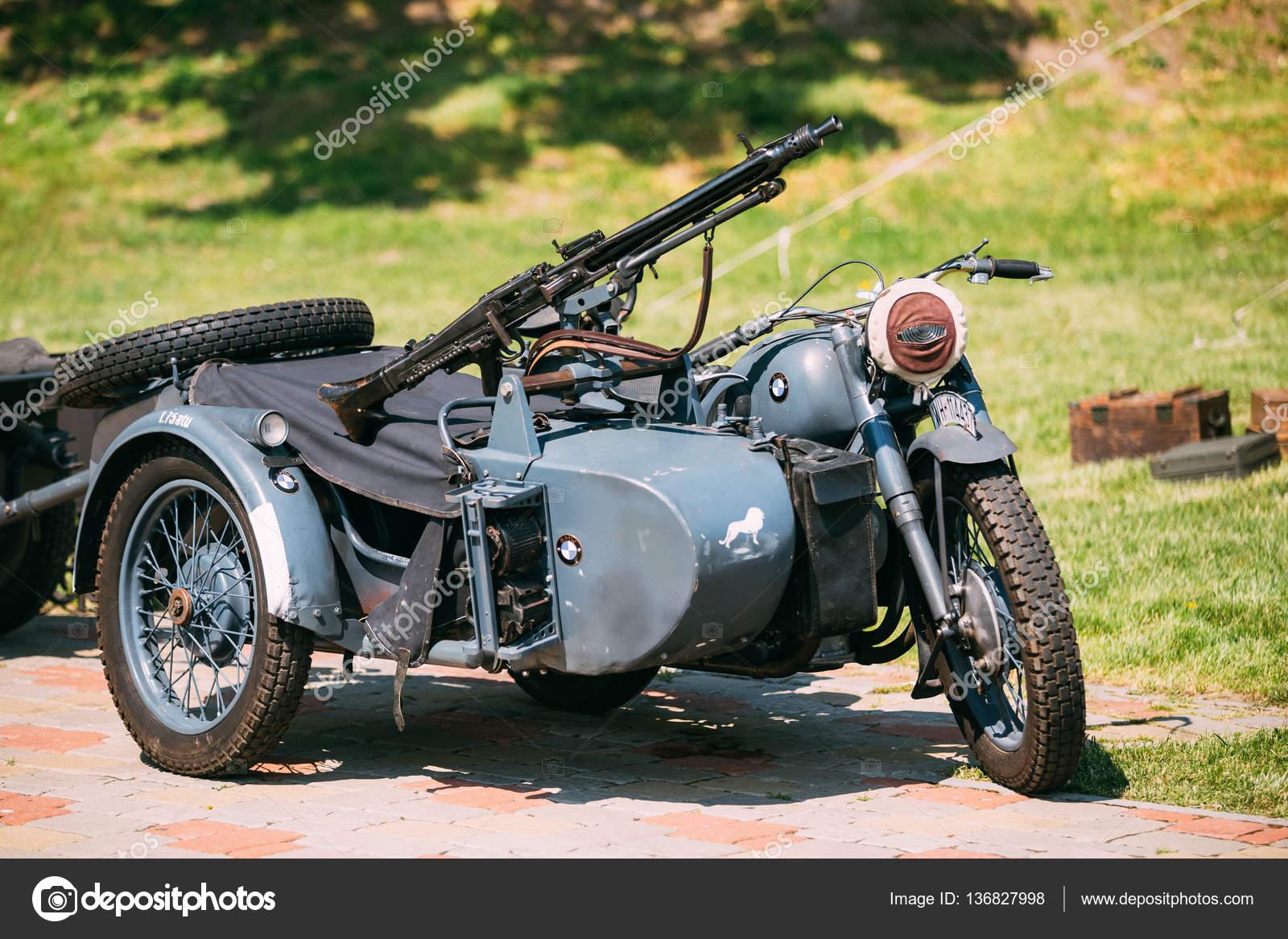 rarit t blau dreirad der wehrmacht dreir driges motorrad mit maschinengewehr stockfoto. Black Bedroom Furniture Sets. Home Design Ideas