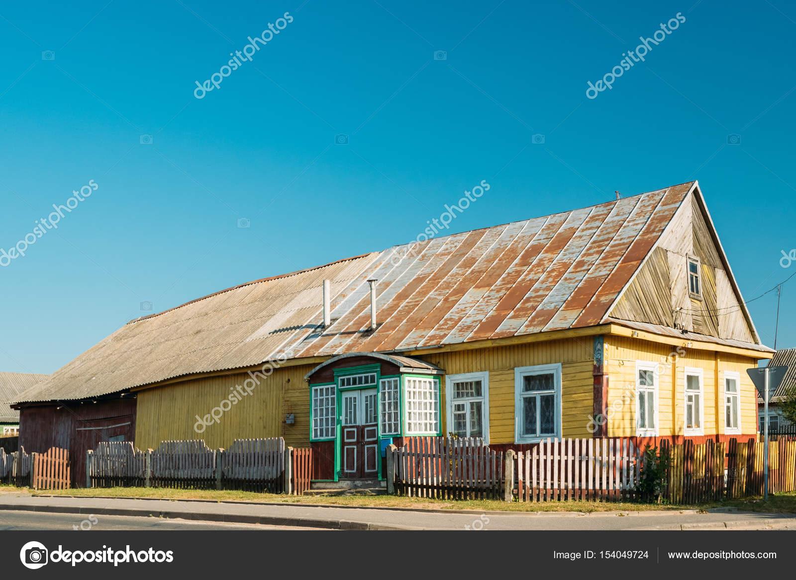 Verschiedene Russisches Holzhaus Ideen Von Alte Russische Traditionelle Im Dorf Oder Russland