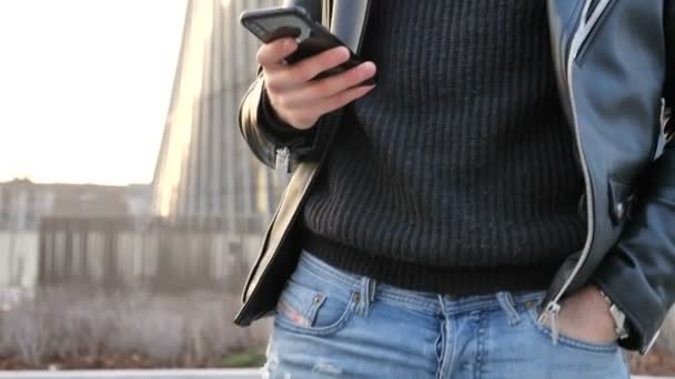 Video B190583776