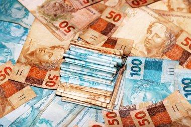 Notas de 100 reais do brasil