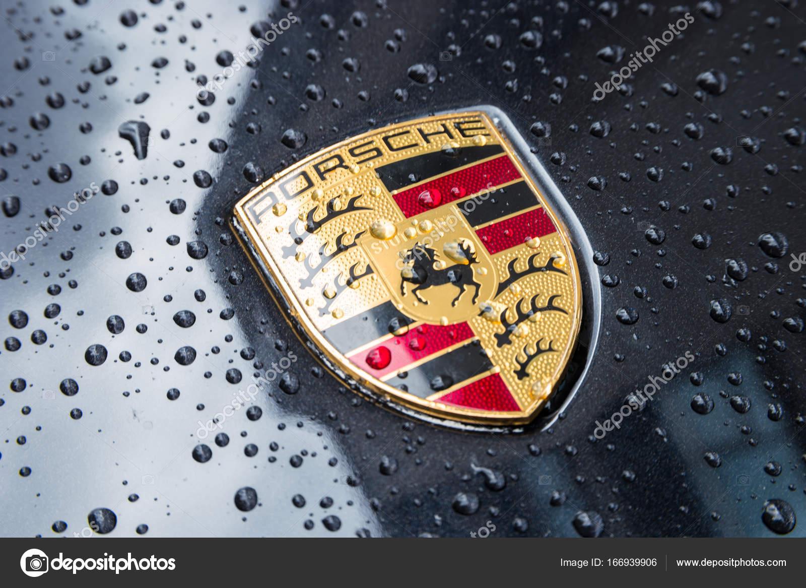 Porsche Logo Close Up On A Black Car With Rain Drops Stock Editorial Photo C Rclassenlayouts 166939906