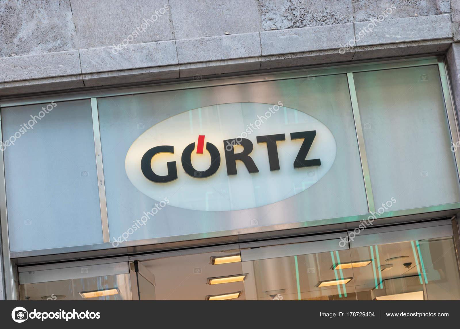 ea4a57ab0db53d Goertz-Logo auf einem Speicher — Redaktionelles Stockfoto ...