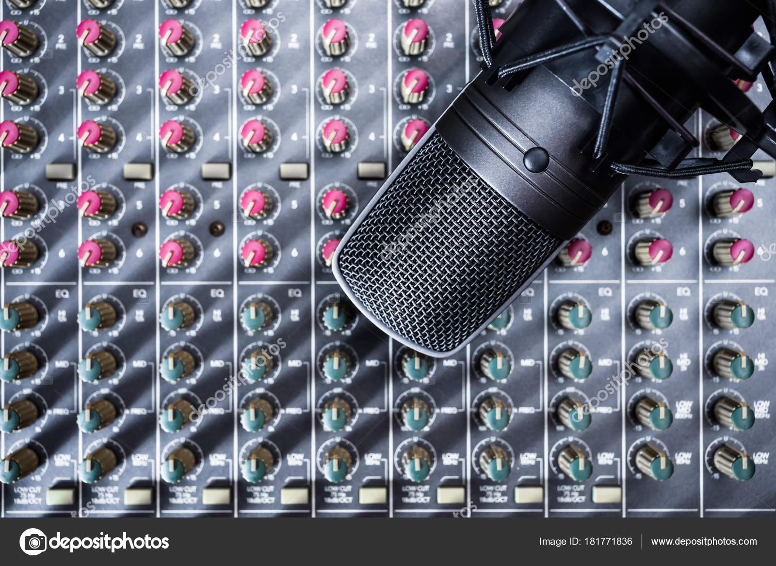 Raccordement du microphone à condensateur