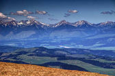 Photo Snowy peaks and green hills in Western Tatras, Liptov, Slovakia