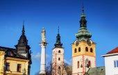 Fotografie Barevné sluncem věže z hlavního náměstí Banska Bystrica Slovensko