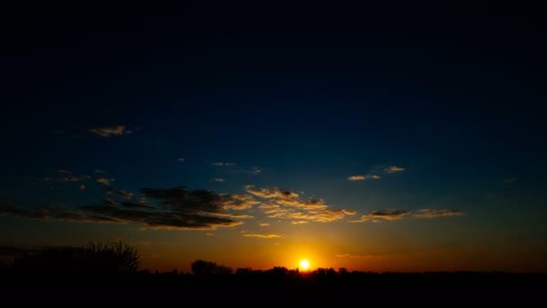 Az idő múlásával a gyönyörű napfelkelte