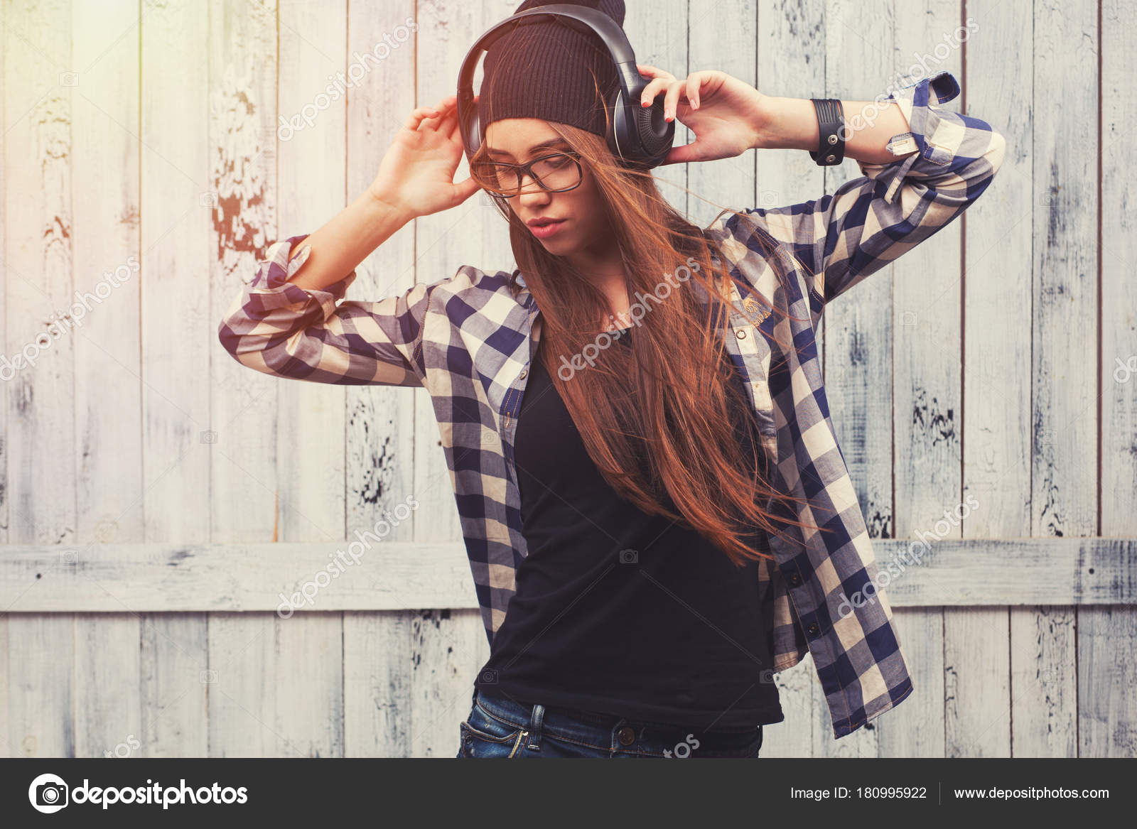 351ce326cfa Hipster girl in glasses