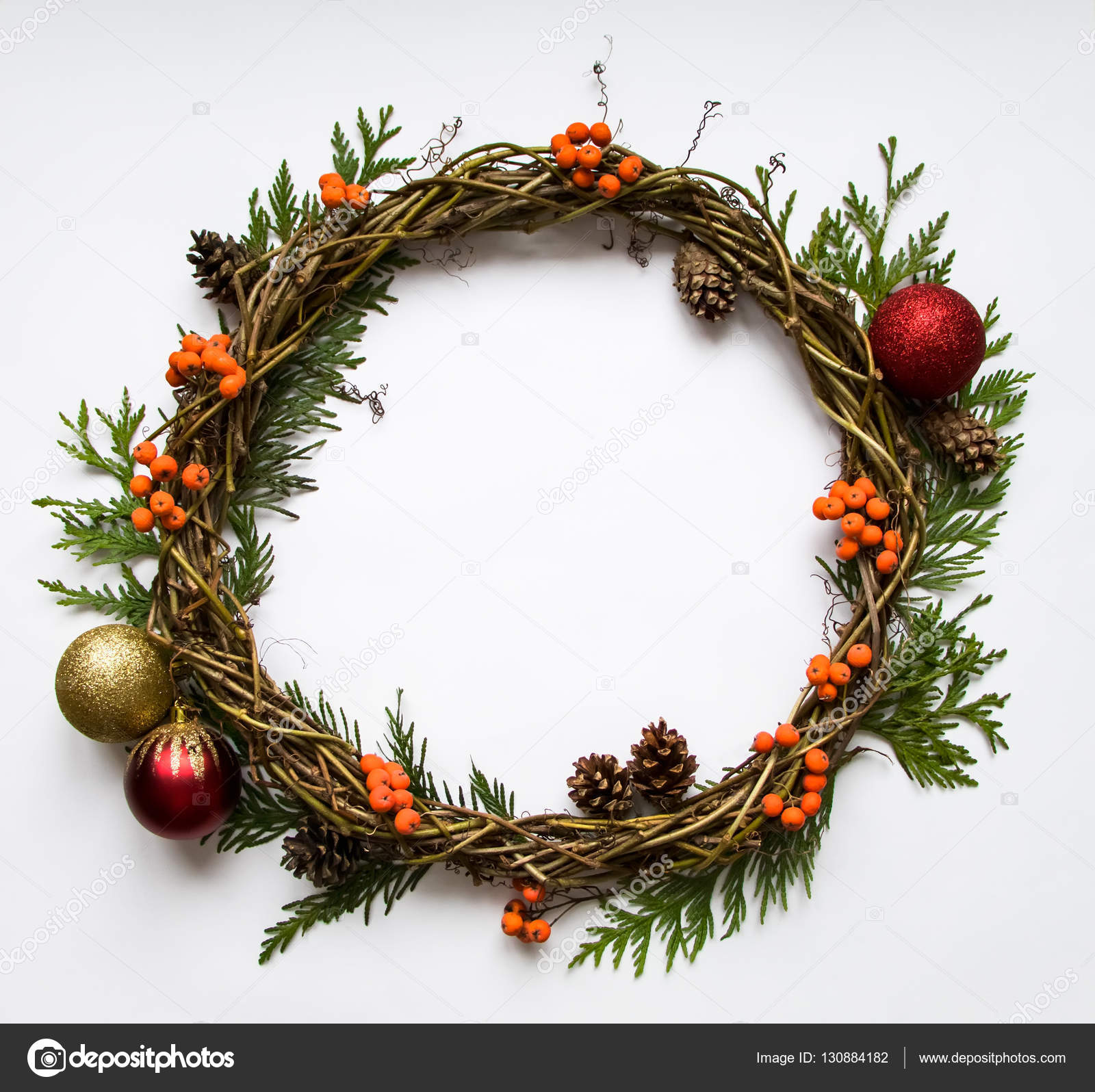 Christmas Vines.Christmas Wreath Of Vines With Decorative Ornaments Thuja