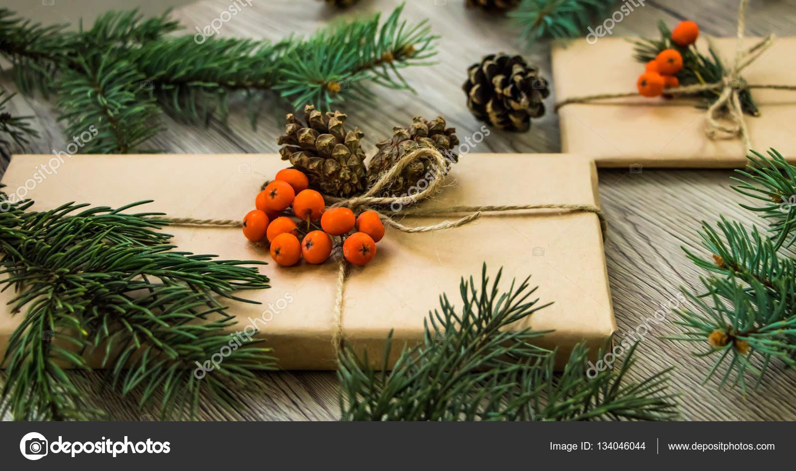Boże Narodzenie Prezenty Zawinięte W Papier Pakowy Z