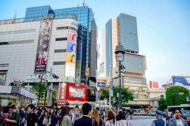 TOKYO, JAPAN: Crowds at the Shibuya, the famous fashion centers of Japan