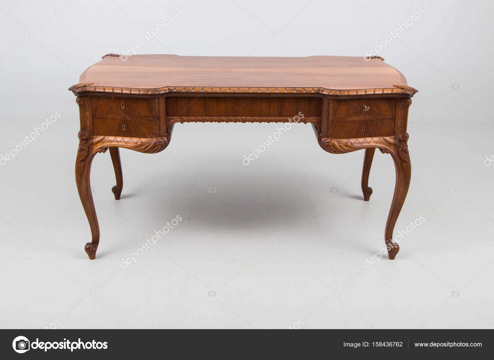 Tavolo legno antico interesting tavolo antico in legno for Tavolo legno vecchio usato