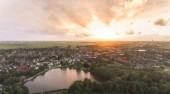 Fényképek Gyönyörű naplemente fölött egy kis német város