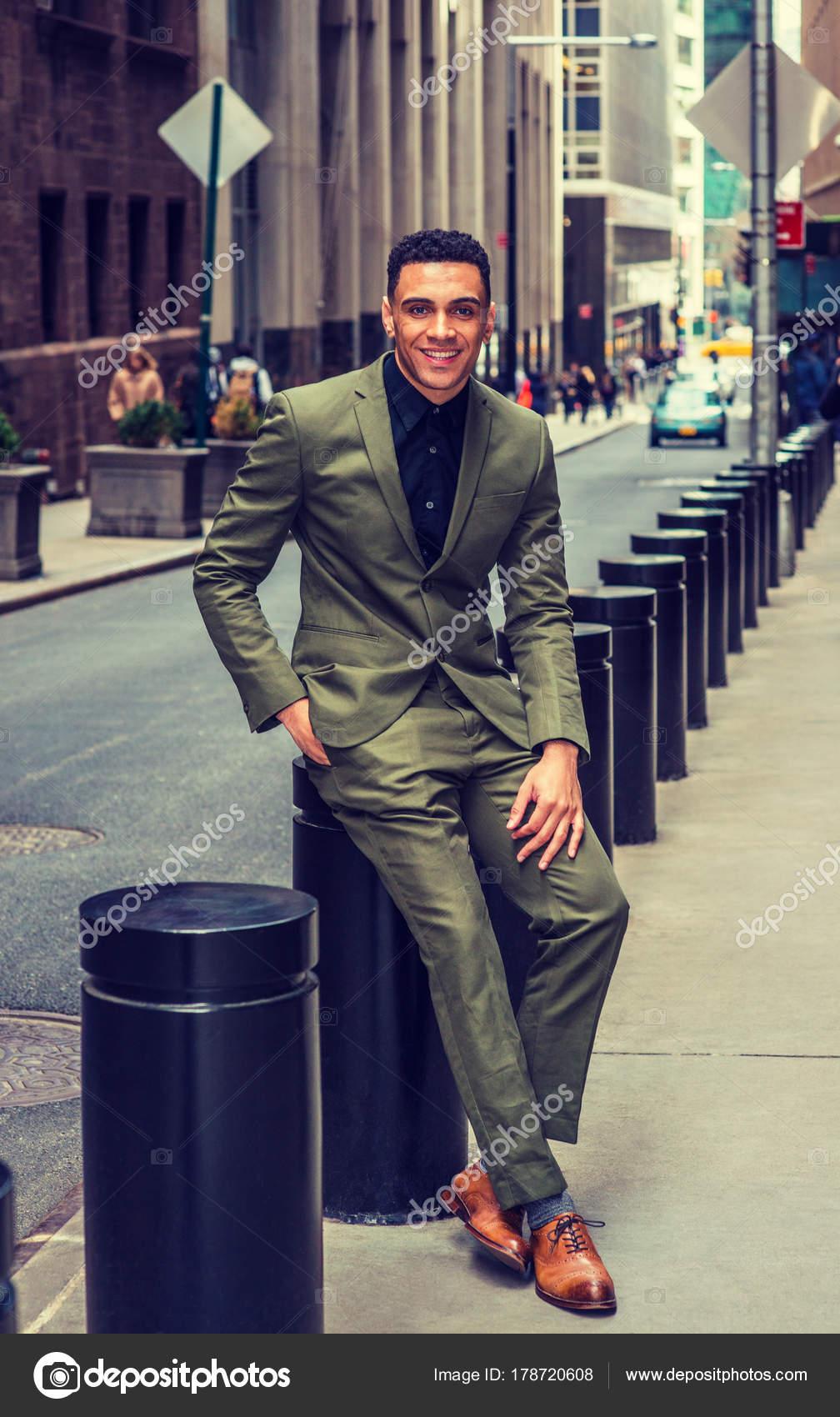 De Calle Hombre York Estadounidense Nueva Negocios Moda En 8qvnwzw4